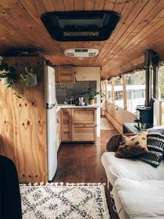 School Bus Tiny House, School Bus Camper, Bus Living, Tiny House Living, Tiny House Family, Bus Remodel, Converted School Bus, Van Home, Bus Life