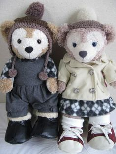 Duffy's overall, shoes, ShellieMay's coat and shoes are from TDS, and the others are handmade.