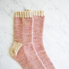 Pixel stitch socks - free knitting pattern by Purl Bee Crochet Socks, Knit Or Crochet, Knitting Socks, Knitting Stitches, Knitting Patterns Free, Free Knitting, Knitted Slippers, Crochet Granny, Stitch Patterns