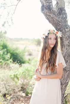 Floral Crown Wedding Looks for Spring made with Babys Breath fFowers