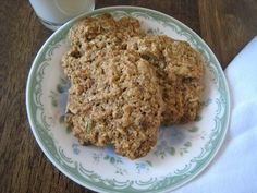 Freezer-friendly Breakfast Cookies - make a couple batches and freeze them for easy breakfasts or afterschool snacks.