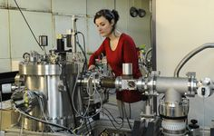 Laboratoire de Physique Février 2015 © Eric Le Roux / Université Claude Bernard Lyon 1 / IRIS-Collectif