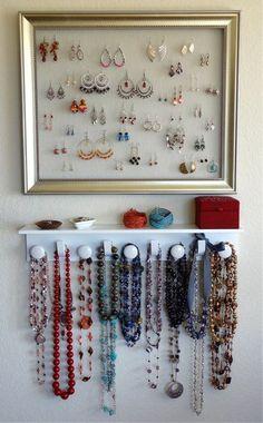 jewelry / DIY Jewelry Organizer