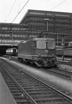 Swiss Railways, Locomotive, Switzerland, Trains, Europe, Pictures, Swiss Guard, Train