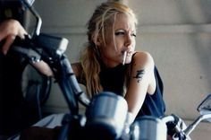 TheGentlemanRacer.com: Car Girls: Angelina Jolie in Gone in 60 Seconds