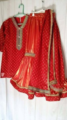 Custom made kids dress. The shades may vary slightly from the colors displayed on your screen. The pattern of blouse may be different from the model and will be un-stitched. Sharara, Shalwar Kameez, Anarkali, Kurti, Eid Dresses, Indian Bollywood, Blouse Patterns, Custom Made, Ethnic