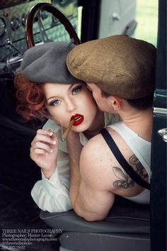 """A great """"Bonnie & Clyde"""" engagement session by Three Nails Photography <3"""