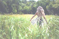 happily_grey - summer fashion freedom photo