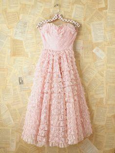 Ana Rosa, everythingsparklywhite: Vintage dress for the...