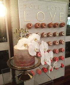 UNA Events | Donut Wall