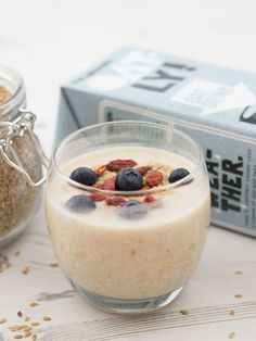 Treats and Eats | Lots of healthy breakfast, lunch and snack ideas including overnight oats, superfood breakfast cobbler and dairy free blueberry pancakes made with yoghurt and honey - yum!