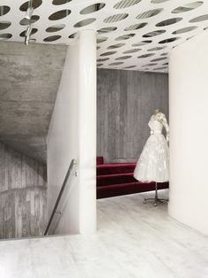 Alexander McQueen New London Flagship Store #architecture #fashion #luxe