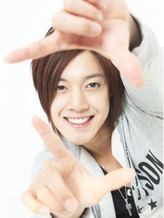 SS501 | ☆ SS501 :: Triple S ☆ Name: 김현중 [Kim Hyun Joong] -  Birthday: June 6, 1986    ::)