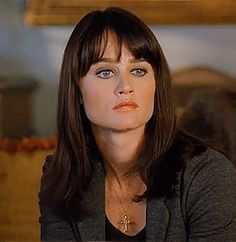 Robin Tunney trivia, pictures, links and merchandise. A page dedicated to the actress known as Teresa Lisbon from 'The Mentalist'. Robin Tunney, Selena, Encino Man, Amanda Seyfried Photos, Pat Benatar, Rory Gilmore, Simon Baker, The Mentalist, Prison Break