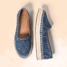 Mais uma espadrille linda da minha coleção Outono/Inverno 2016 para entrar na sua lista de sapatos favoritos.  #ValentinaFlats #shoes #fashion #loveit #loveshoes #shoeslover #espadrille #specialshoes #love #shoelovers #nice #style