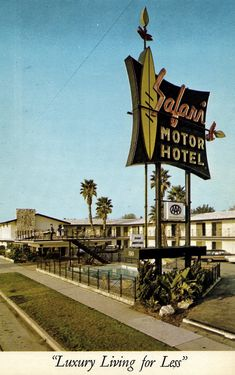 A vintage postcard of the Safari Motor Hotel (and neon sign) in Burbank, California. The hotel still stands and is in operation today. Burbank California, California Love, Los Angeles California, Southern California, Toluca Lake, San Fernando Valley, Walking In The Rain, Los Angeles Area, Old Signs
