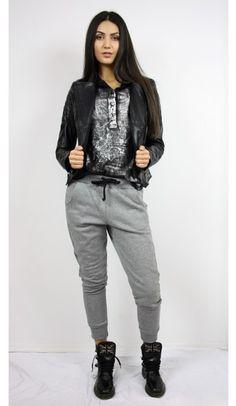 318 Parachute Pants, Sexy Women, Bomber Jacket, Woman, Jeans, Jackets, Fashion, Down Jackets, Moda