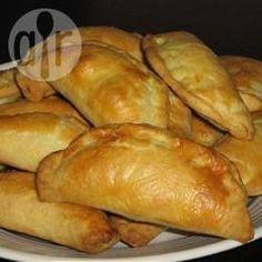 Empanadas de Vigilia (con espinacas y salsa blanca)  ~allrecipes.com.ar~