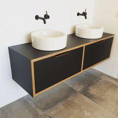 Formica® laminate - Black - vanity on Birch plywood Kids Bedroom Furniture, Bathroom Furniture, Kitchen Furniture, Furniture Making, Furniture Design, Luxury Furniture, Office Furniture, Modern Bathroom Tile, Bathroom Interior Design