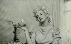 beautifully intoxicated Marilyn