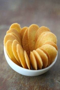 cat's tongue cookie