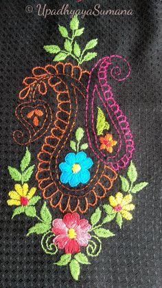 Wonderful Ribbon Embroidery Flowers by Hand Ideas. Enchanting Ribbon Embroidery Flowers by Hand Ideas. Floral Embroidery Patterns, Hand Embroidery Flowers, Hand Work Embroidery, Embroidery Monogram, Hand Embroidery Stitches, Silk Ribbon Embroidery, Hand Embroidery Designs, Embroidery Techniques, Beaded Embroidery