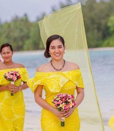 Different Dresses, Nice Dresses, Ethnic Fashion, African Fashion, Samoan Wedding, Island Wedding Dresses, Samoan Dress, Island Wear, Polynesian Tribal