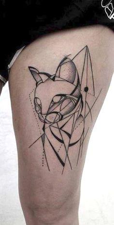 Cool Badass Geometric Cat Thigh Tattoo Ideas for Women -  geometrische Katze Oberschenkel Tattoo Ideen für Frauen - www.MyBodiArt.com