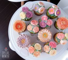 +Vanilla chocolate cupcake & Greentea chocolate flower buttercream cupcake for Mother-in-law's Birthday/wedding cupcakes/cupcake decorating tips ... made by SPECIAL MOMENT