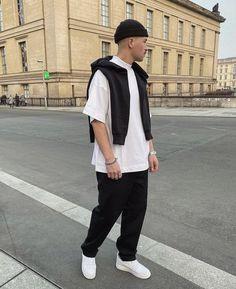 T Shirt Streetwear, Style Streetwear, Trendy Fashion, Mens Fashion, Fashion Outfits, Mood, Street Wear, Menswear, Normcore