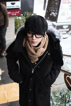 Image about cute in hyung seok by ☆HwaJinTan☆ B Fashion, Korean Fashion Men, Ulzzang Fashion, Korean Street Fashion, Tomboy Fashion, Japan Fashion, Cute Asian Guys, Cute Korean, Male Clothes