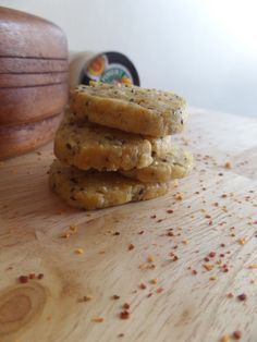 Chili, Cheese and Chia crackers // Petits sablés basques aux graines de Chia   My Nomad Cuisine