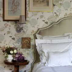 "Nina Campbell is arguably the queen of 'quintessentially  English' style. Her interiors are luxurious, yet warm and cosy. Layered,  but somehow ordered. Full of life, pattern and colour, and yet comforting  to the eye. Can you tell we're fans?  When we were offered the chance to share with you some photographs of her  London home AND share some of her words of wisdom, we said YES PLEASE.  Enjoy.  What makes a perfect interior? ""You need to have a spark, a flash of  something ..."
