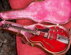 Pictures of 1961 VINTAGE GIBSON ES-335 ELECTRIC GUITAR
