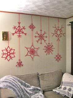 30 DIY Popsicle Stick Decor Ideas To Enhance Your Home Interior – christmas decorations Christmas Art, Christmas Projects, Winter Christmas, All Things Christmas, Christmas Ornaments, Diy Christmas Wall Decor, Christmas Snowflakes, Craft Stick Crafts, Holiday Crafts