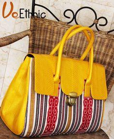 Tas Tenun /Ikat Bag made by order , please inbox or whatsapp +6281310037425