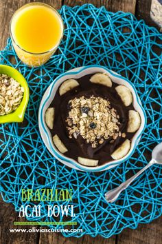 Brazilian Acai Bowl | www.oliviascuisine.com | A quick and easy breakfast that is packed with energy, antioxidants, protein and vitamins. Oh, did I mention it is vegan? :)