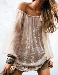 Flowy, boho chic top...♥. We'd love to do some chunky hand-embroidery like this in our next Made by Niki collection.