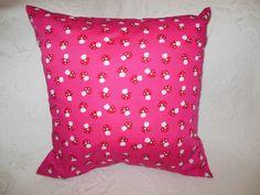 Kissen Pink mit Pilzen von Kissenduft auf DaWanda.com