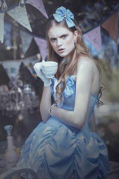 Alice by EmilySoto.deviantart.com on @deviantART
