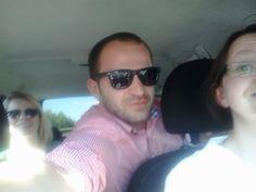 Błażej, Ania i Karolina w drodze na zjazd. #zjazdSocjomaniakow #AkademiaSocjomanii Sunglasses, Fashion, Moda, Fashion Styles, Sunnies, Shades, Fashion Illustrations, Eyeglasses, Glasses