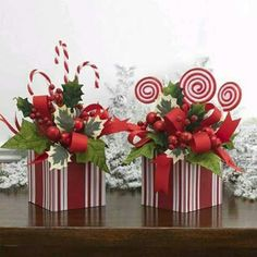 Unique Christmas Centerpieces Ideas, You Must See It 54 Unique Christmas Centerpieces Ideas. You Must See Unique Christmas Centerpieces Ideas. You Must See It Christmas Flower Arrangements, Christmas Table Centerpieces, Christmas Flowers, Noel Christmas, Xmas Decorations, All Things Christmas, Christmas Wreaths, Candy Arrangements, Office Christmas