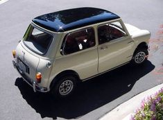 Learn more about Nicely Modified 1967 Austin Mini Cooper on Bring a Trailer, the home of the best vintage and classic cars online. Mini Cooper Classic, Mini Cooper S, Classic Mini, Old Classic Cars, Classic Cars Online, Mini For Sale, Mini Morris, Cooper Car, Morris Minor