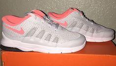 Little Girls Nike Air Max Invigor Running Shoes size 10 C Gray / Lava Glow NIB