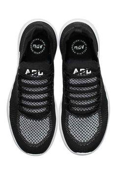 49f4a7736e17 APL TechLoom Breeze - Black Metallic Silver White image 3 - The Sports Edit