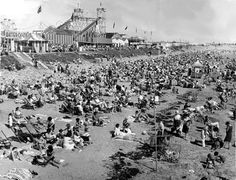 Miners Fortnight in Barry and Porthcawl: Pictures of South Wales' beach resorts in their heyday - Wales Online
