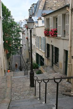 Rue André Antoine, Montmartre district, Paris.