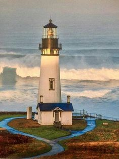 Yaquina Point Lighthouse