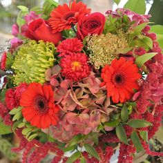 great vancouver florist Have a fabulous weekend! #valleyflorals #vancitybuzz #hand-tied #bouquet #flowerslove #rose #amaranthus #red by @valleyflorals  #vancouverflorist #vancouverflorist #vancouverwedding #vancouverweddingdosanddonts