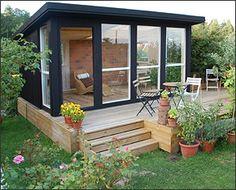 Art studio in the backyard Backyard Studio, Backyard Sheds, Garden Studio, Mini Chalet, Dream Garden, Home And Garden, Studio Shed, Home Salon, She Sheds